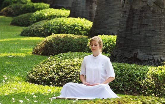 a-simple-technique-to-do-meditation-2