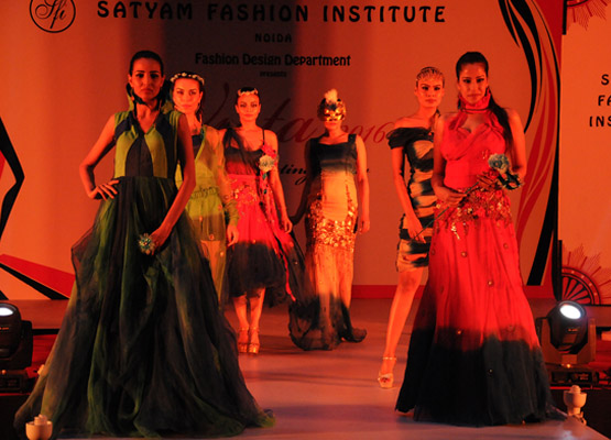 Satyam Fashion Institute Graduating Show 2016 Global Fashion Street